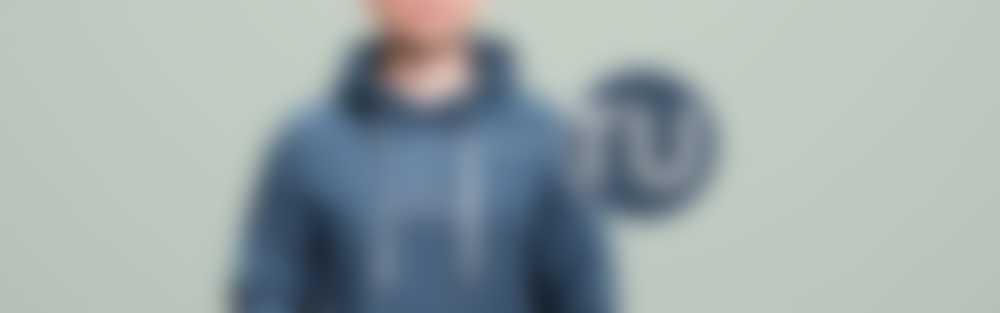 Sudadera con capucha bordada con texto personalizado