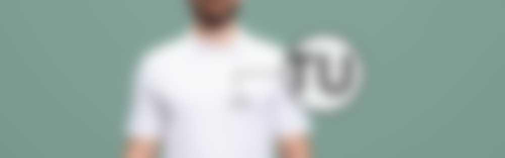 Poloshirt bordado con texto personalizado