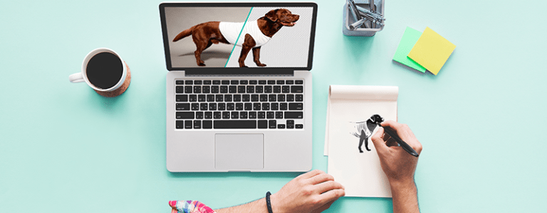 Der Arbeitsplatz eines Grafikdesigners symbolisiert das Service-Angebot von Spreadshirt