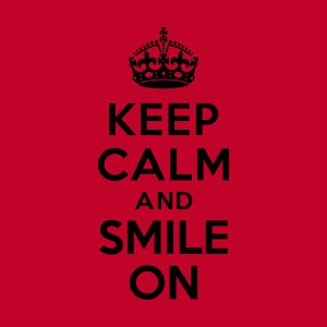 keep calm and smile on bouteilles et tasses