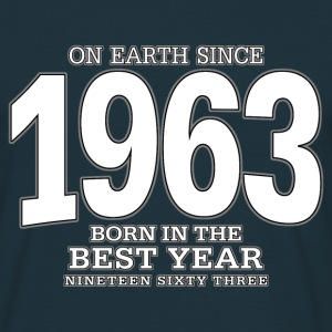 On Earth since 1963 (white) - Männer T-Shirt