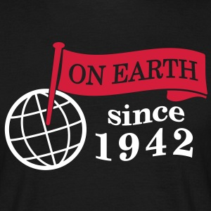 flag on earth since 1942  2c (dk) T-shirts - Herre-T-shirt