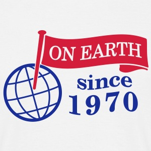 flag on earth since 1970  2c (dk) T-shirts - Herre-T-shirt