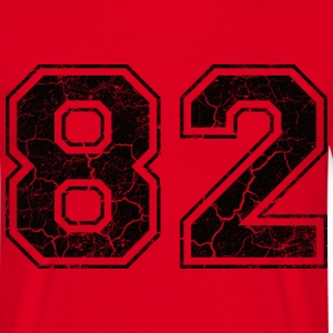 Number 82 in the grunge look T-Shirts - Men's T-Shirt
