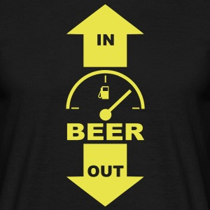beer in out T-Shirts - Männer T-Shirt