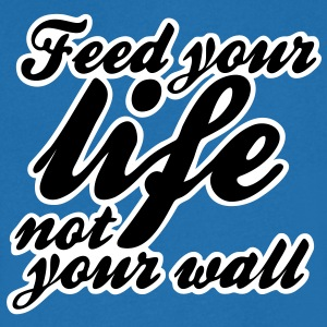 feed your life not your wall T-shirts - T-shirt med v-ringning herr