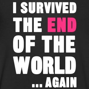 I Survived the End of the World T-Shirts - Männer T-Shirt mit V-Ausschnitt
