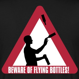Beware of Flying Bottles! T-Shirts - Männer T-Shirt
