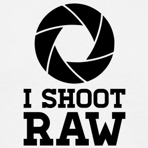 I Shoot RAW T-shirts - Mannen T-shirt