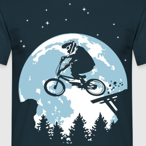 Full moon and BMX - Männer T-Shirt
