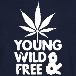 young wild and free weed leaf T-Shirts - Männer T-Shirt mit V-Ausschnitt
