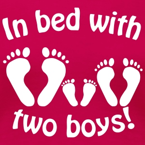 In bed with two boys - Im Bett mit zwei Jungs - Frauen Premium T-Shirt