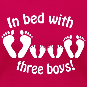 In bed with three boys - Im Bett mit drei Jungs - Women's Premium T-Shirt