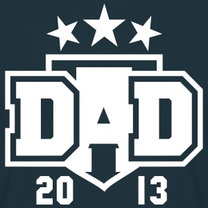 DAD 2013 3star Shield Design T-Shirt WN - Men's T-Shirt