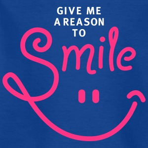smile - smiley - lachen - a reason to smile - 2C T-Shirts - Kinder T-Shirt