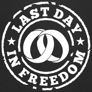 Last day in freedom T-shirts - Mannen T-shirt met V-hals