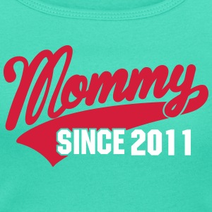 mommy since - your text here T-shirts - T-shirt med u-ringning dam