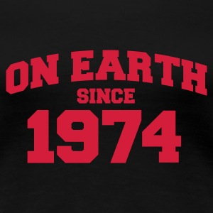 Schwarz on earth 1974 T-Shirts - Frauen Premium T-Shirt
