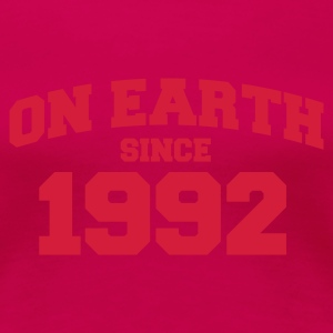 Light pink onearth1992 T-shirts - Vrouwen Premium T-shirt
