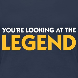 Jeansblauw Looking at the Legend (2c) T-shirts - Vrouwen Premium T-shirt