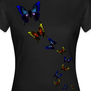 Schmetterlings Formation by Lola T-Shirts - Frauen T-Shirt
