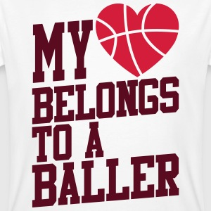 my heart belongs to a baller T-shirts - Ekologisk T-shirt herr