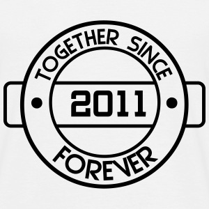 together since 2011 T-Shirts - Männer T-Shirt