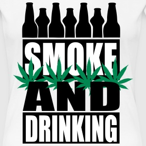 Smoke and drinking  - Frauen Premium T-Shirt