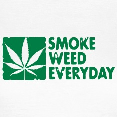 smoke weed everyday boxed Tee shirts