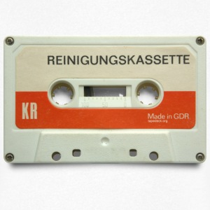vintage tape: reinigungskassette - Men's V-Neck T-Shirt