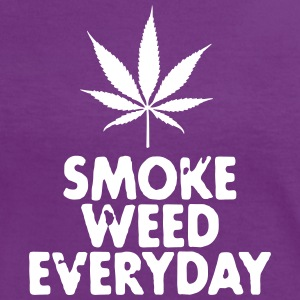 smoke weed everyday leaf T-skjorter - Kontrast-T-skjorte for kvinner