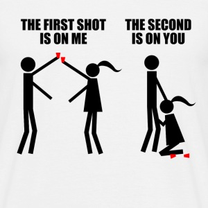 Second shot is on you!  T-shirts - Mannen T-shirt