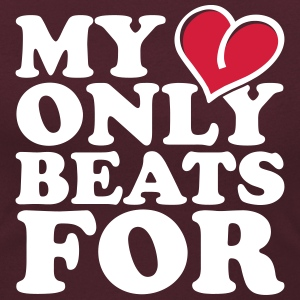 My Heart only beats for T-Shirts - Frauen T-Shirt mit U-Ausschnitt