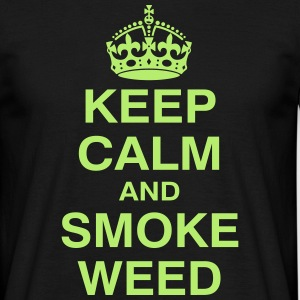 KEEP CALM and SMOKE WEED-Shirt - Männer T-Shirt