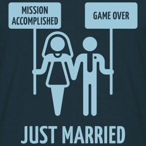 Just Married, Mission Accomplished, Game Over - Männer T-Shirt