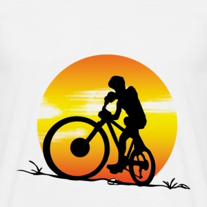 Mountainbike sunset T-Shirts - Men's T-Shirt