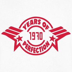 1970 years perfection logo anniversaire Tee shirts - T-shirt Homme col V
