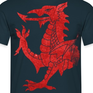 Welsh Dragon Rampant T-Shirts - Men's T-Shirt