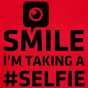 Love taking Selfie photo camera instagram smile T-shirts - Vrouwen T-shirt