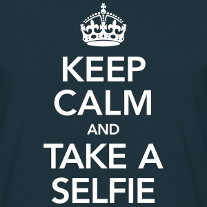 Keep Calm And Take A Selfie Tee shirts - T-shirt Homme