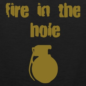 fire in the hole T-Shirts - Männer Premium Tank Top