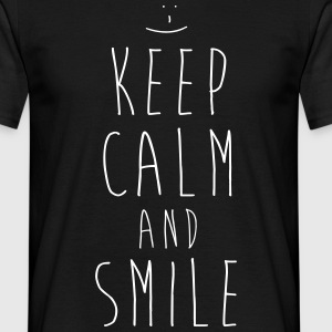 KEEP CALM and SMILE - Männer T-Shirt