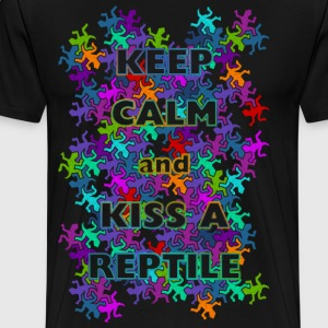 KEEP CALM kiss a reptile - Männer Premium T-Shirt