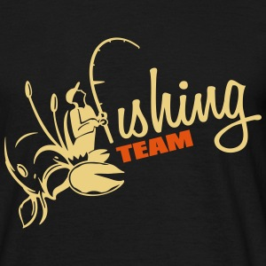fishing_team_3_2c T-Shirts - Männer T-Shirt