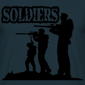Soldiers squad army shooting fighting T-Shirts - Men's T-Shirt