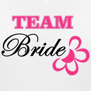 bride TEAM with flower T-shirts - Vrouwen T-shirt met V-hals