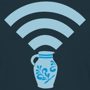 WLAN-Zone Home is where your WiFi connects... - Männer T-Shirt