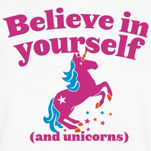 Believe in yourself (and UNICORNS) plain T-Shirts - Men's V-Neck T-Shirt