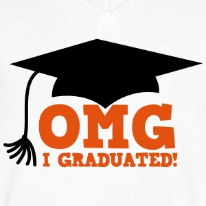 OMG I graduated! with mortar board hat T-Shirts - Men's V-Neck T-Shirt