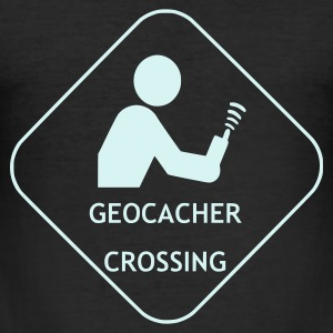 Schwarz Geocacher Crossing 1 T-Shirts - Männer Slim Fit T-Shirt
